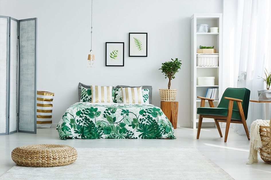 Bedroom white and green bed linen
